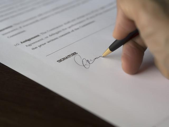 podpis úvěrové smlouvy